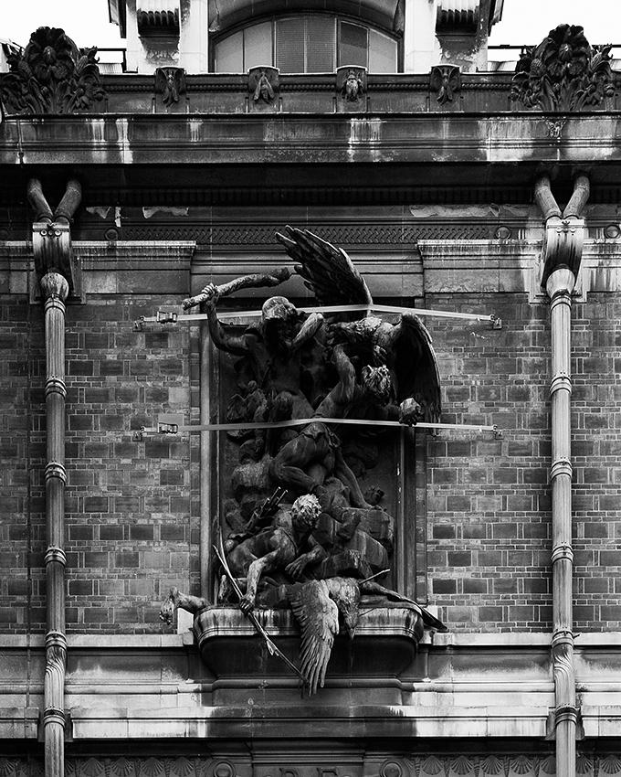 http://olivierlovey.ch/files/gimgs/52_statueattache.jpg
